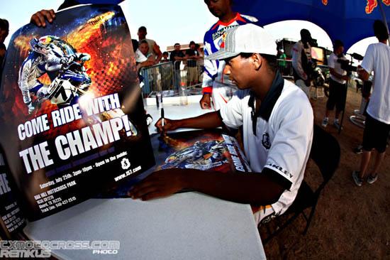 stewart_autograph_champ