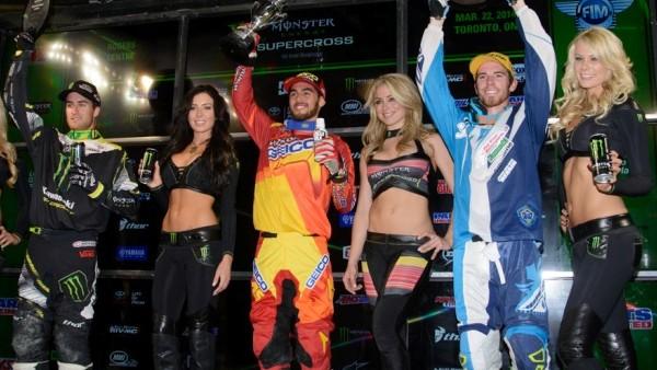 toronta_250_podium